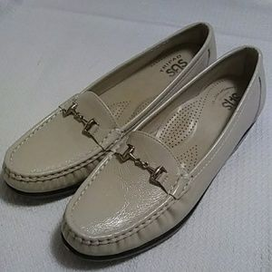 SAS Metro Slip on loafers.
